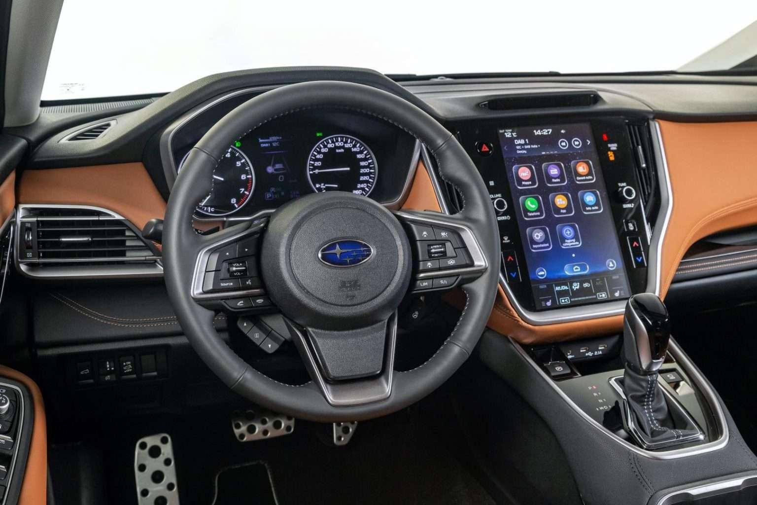 Subaru Outback interni