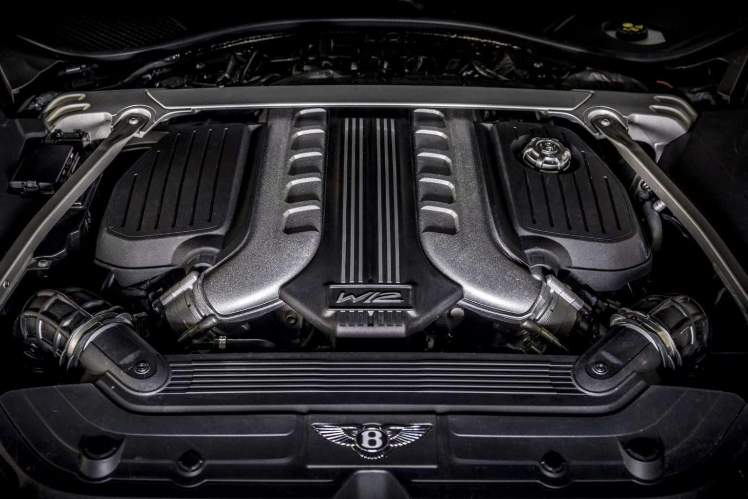 Bentley Continental GT Speed motore