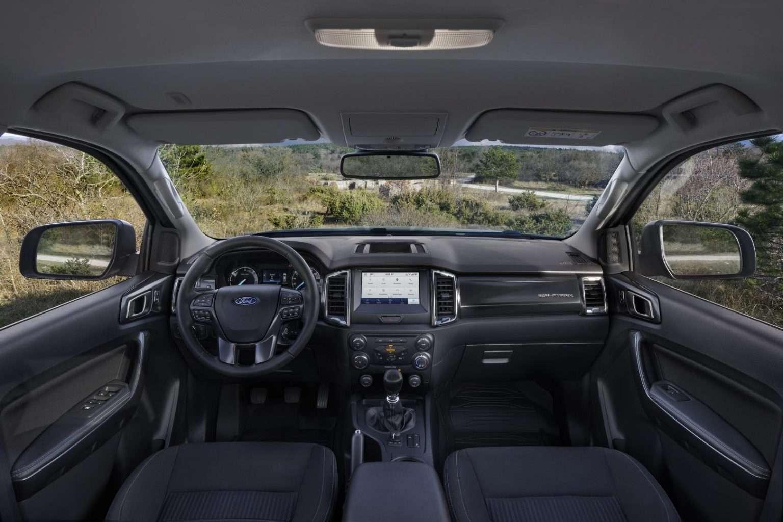 Ford Ranger Stormtrak e Wolftrak interni